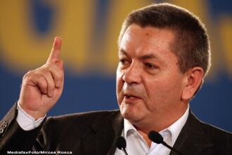 Macovei cere demisia lui Rus de la Interne, dupa ce a semnalat incalcari ale legii in cazul Nastase