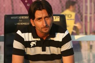 Velcea a fost demis de la ACS Poli Timisoara.