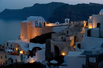 Vrei sa fii spion sub acoperire in Grecia? Ce propune Guvernul de la Atena turistiilor straini pentru combaterea evaziunii