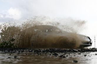 Inundatii in Bacau. 200 de gospodarii din 15 localitati sunt deja sub ape
