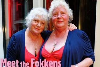 Veteranele Cartierului Rosu. Povestea fabuloasa a prostituatelor gemene, dupa 50 de ani de