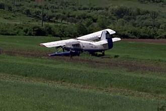 Pilotul si copilotul avionului utilitar care a aterizat de urgenta pe un camp consumasera alcool