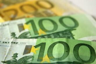 Cursul BNR a urcat la 4,4749 lei/euro, cel mai ridicat nivel de la jumatatea lunii septembrie