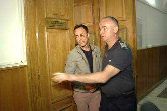 Amanta lui Adrian Buleu a ajuns astazi in fata magistratilor. Ce declaratii a facut tanara de 17 ani