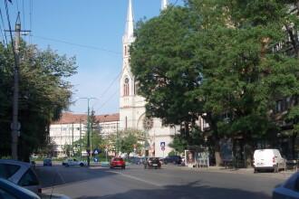 Inca o zona cu trafic paralizat: intersectia din Piata Balcescu va fi inchisa.Se face sens giratoriu