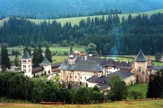 Povestea haiducului Darie Pomohaci si a cuferelor cu aur ascunse langa manastirea Putna