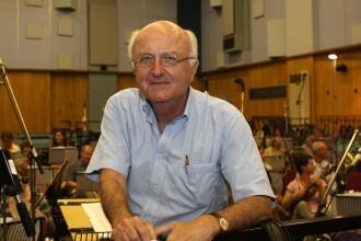 Celebrul compozitor francez Vladimir Cosma semneaza coloana sonora a filmului