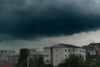 Avertizare de ploi torentiale si vant puternic in judetul Cluj