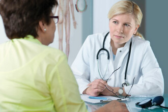 Aveti dureri de stomac care se repeta? Mergeti imediat la doctor pentru investigatii