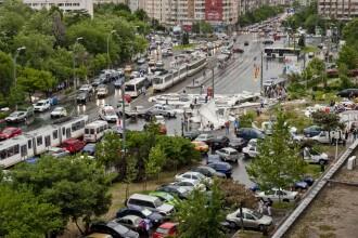 Bilantul celei mai puternice furtuni din ultimii 5 ani, in Bucuresti: o femeie a murit. VIDEO