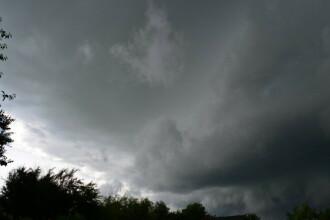 Cod portocaliu de furtuna in Suceava si Neamt