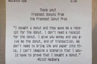 Mesajul lasat de angajatul patiseriei pe nota de plata. Ce surpriza a avut clientul dupa ce a cumparat gogosi