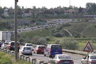 25.000 de politisti pe drumurile nationale de 1 MAI. Greutatile prin care au trecut turistii romani in drum spre munte