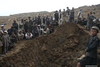 Oficiali afgani: Cel putin 80 de persoane au fost ucise in Afganistan, dintre care 12 prin decapitare