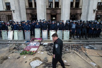 Criza in Ucraina. Insurgentii prorusi au fost incercuiti complet de catre armata ucraineana: