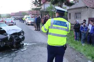 Accident grav provocat in Brasov de un sofer cu permis de o luna. Sapte persoane au ajuns la spital