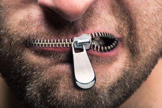 Liderii europeni vor sa apere libertatea presei cenzurand Internetul.