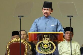 Persoanele gay şi cele vinovate de adulter vor fi ucise cu pietre, în Brunei
