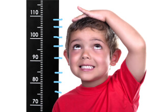 Copilul trebuie masurat o data la 6 luni si orice schimbare comportamentala trebuie semnalata medicului