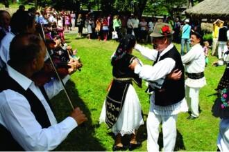 Sarbatoarea Balmosului Ardelenesc. Muzeul Etnografic al Transilvaniei ii asteapta pe gurmanzi cu balmos traditional