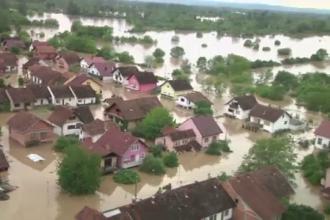 Apele Dunarii au crescut cum nu s-a mai intamplat in ultimul secol. Probleme in toata regiunea balcanica din cauza ciclonului