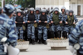Criza in Ucraina. Tatarii din Crimeea, alungati cu elicoptere militare de la manifestatii: