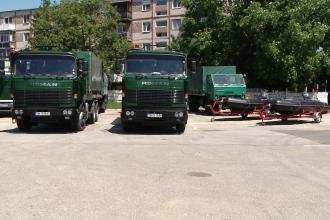 Pompierii timiseni le sar in ajutor sarbilor! Mai multe echipaje au plecat spre Serbia, cu motopompe, barci si autocamioane