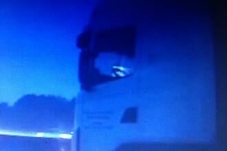 Sofer de camion filmat in timp ce vorbea pe Skype in trafic, pe autostrada. Reactia politistilor