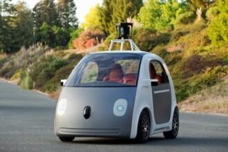 Google prezinta primele imagini cu masina care se conduce singura.