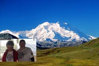Doi aradeni au cucerit un varf de aproape 6.200 de metri in Alaska. FOTO