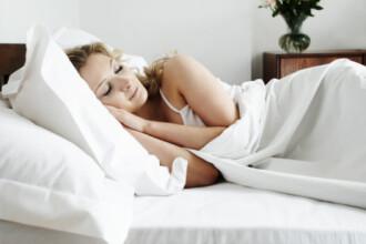 Studiul unor cercetatori britanici: Lumina intensa din dormitor pe timpul noptii e asociata cu obezitatea
