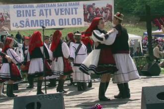 Romanii care au petrecut 1 Mai in mod traditional. Costume populare, hore si obiceiuri mostenite de zeci de ani