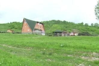 Camine de lux pentru batranii singuri din Romania: gradina, helesteu cu pesti si gratar. Cat costa aceste serviicii pe luna