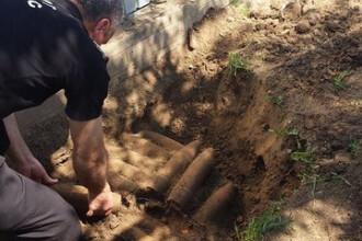 55 de proiectile din al Doilea Razboi Mondial descoperite in curte de un barbat din Neamt. Masurile luate de autoritati