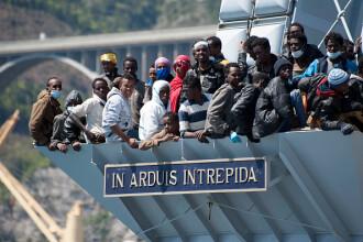 Planul Comisiei Europene pentru a rezolva problema imigrantilor din Mediterana. Cati dintre ei ar urma sa ajunga in Romania