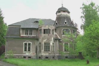 Castelul din Hunedoara scos la vanzare pentru 500.000 de euro. A fost locuit de iubita lui Constantin Brancusi
