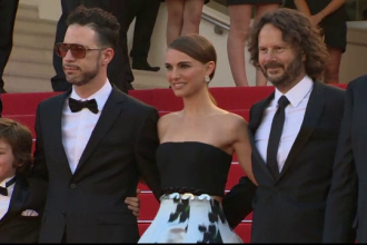 Cannes 2015. Natalie Portman si-a facut debutul regizoral, cu o adaptare dupa bestsellerul autobiografic al lui Amos Oz