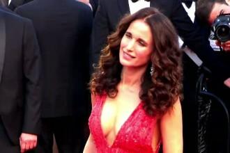 Cannes 2015. Andie MacDowell a atras toate privirile pe covorul rosu. Zvonul care a iscat rumoare printre vedete