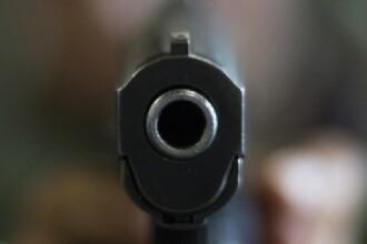 Scandal cu focuri de pistol, la mall-ul din Targu Jiu. Unde ar fi fost ascunsa arma de politisti