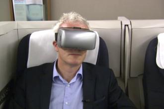 Ochelarii inteligenti care te scapa de raul de avion si de problemele cu fusul orar. Cum functioneaza dispozitivul inovator