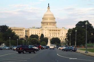 O bomba confectionata dintr-o oala sub presiune, detonata langa cladirea Capitoliului. O persoana a fost retinuta