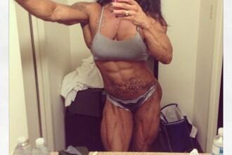 Cum arata femeia cu o pasiune nebuna pentru body building. Muschii sai definiti i-ar face invidiosi pana si pe barbati: FOTO