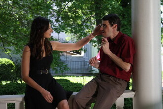 Momentul emotionant in care barbatul care a primit o fata noua se intalneste cu sora donatorului pentru prima data. VIDEO
