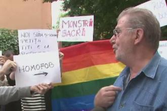 Scandal la UNATC. Actorul Florin Zamfirescu, primit de studenti cu huiduieli si acuzatii dure, dupa demiterea unui profesor