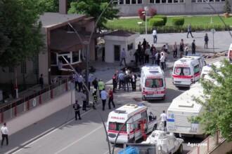 Explozie puternica langa sediul politiei din orasul turc Gaziantep. Doi agenti morti si 18 persoane ranite