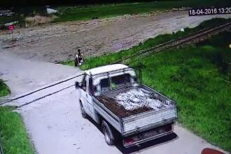 Au filmat un sofer cum arunca gunoiul din masina intr-o padure. Ce amenda a primit dupa ce au aratat imaginile Politiei