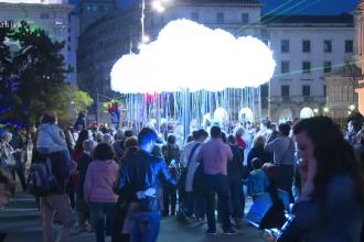 Incepe festivalul Spotlight, in Bucuresti: proiectii spectaculoase pe cladiri, jocuri de lumini si o holograma uriasa