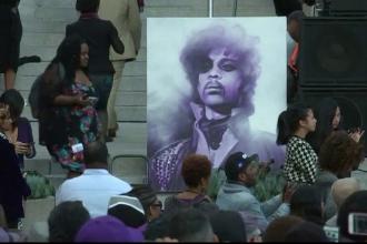 Concert in memoria lui Prince. Cine sunt artistii care au urcat pe scena la Los Angeles ca sa ii aduca un omagiu artistului