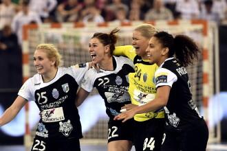 LIGA CAMPIONILOR: Trofeul la handbal feminin revine in Romania dupa 52 DE ANI. CSM Bucuresti a castigat finala cu Gyor. VIDEO