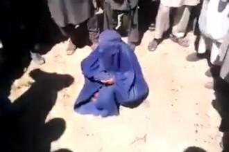Executie filmata, in Afganistan. Talibanii au omorat o femeie, in multime, dupa ce a fost acuzata ca si-a ucis sotul